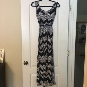 Xhiliration Maxi dress